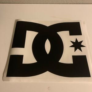 DC Logo sticker 11' in 9'
